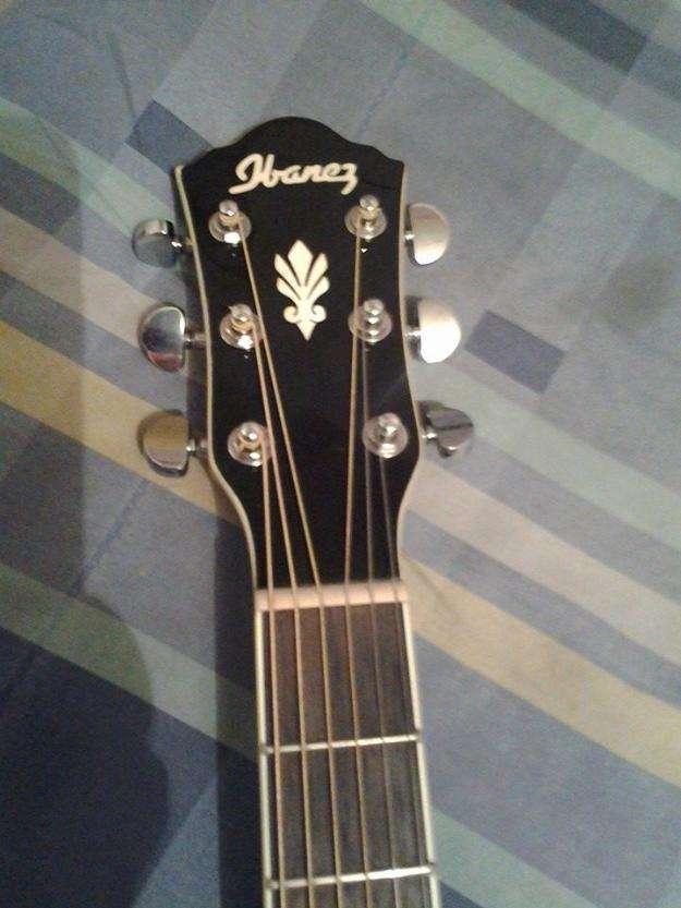 Guitarra electroacustica ibanez aeg10ii