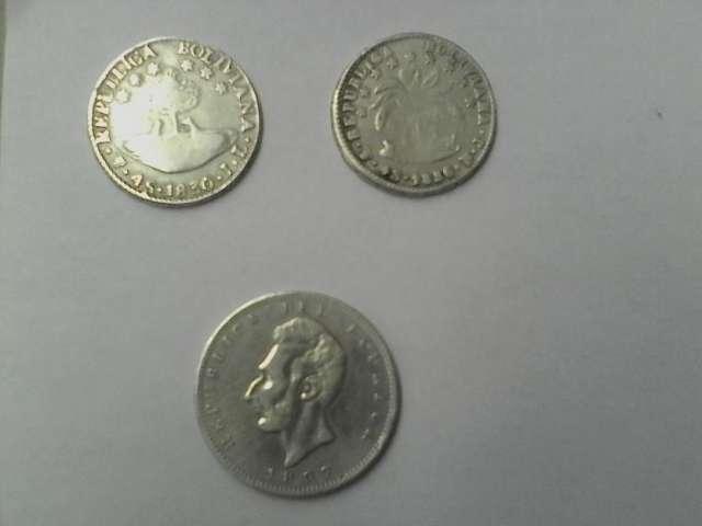 Remato monedas de plata república boliviana año 1830 1856 y ecuatoriana año 1897