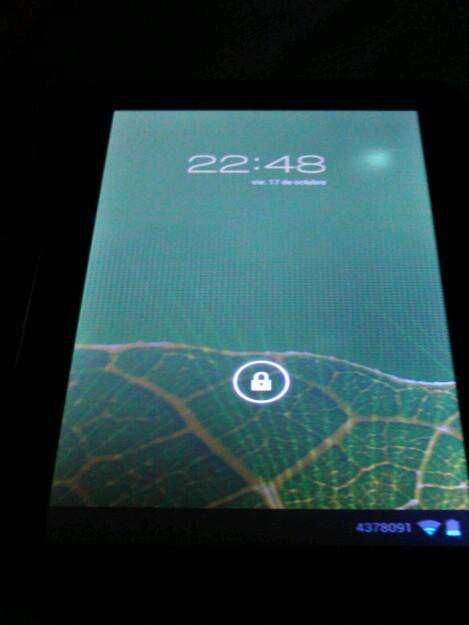 Tablet commodore md0690 9