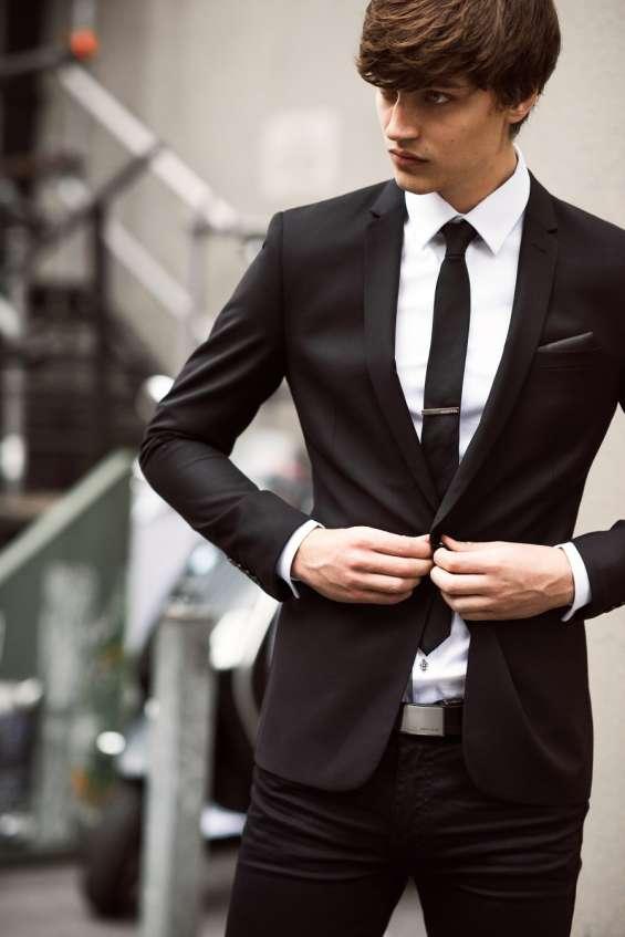 ¿sabes qué look vas a llevar en tu próxima #ceremonia de #graduacion #matrimonio #bautizo #quinceañero? luce tu mejor look en ternos sofisticados a medida en corte y diseño de moda slim fit, ultra slim fit y regular fit venta y alquiler de ternos. atenció