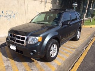 Ford escape 2008 $10,000