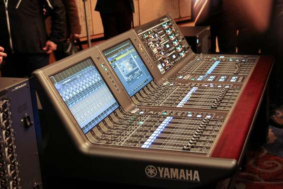 Digitales mixers behringer yamaha soundcraft midas allen y heath y otros