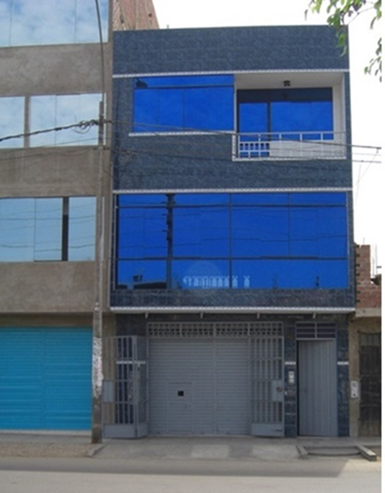 Alquilo local comercial ,edificio de 2 pisos en los olivos . av. huandoy
