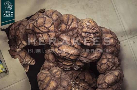 Fotos de Esculturas en bronce, resina poliester. 4