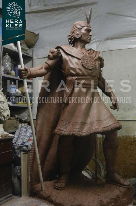 Fotos de Esculturas en bronce, resina poliester. 14