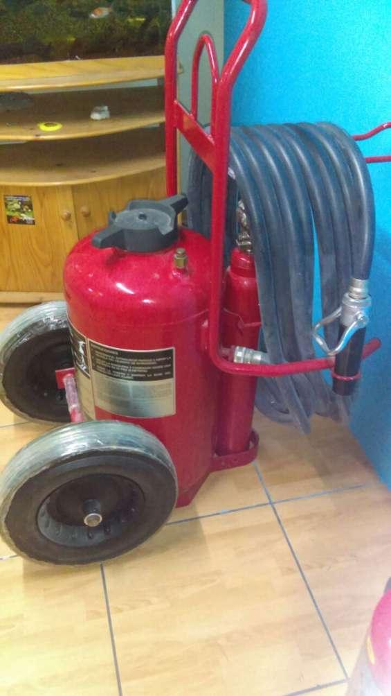 Extintores con certificacion ul rodante ventanilla