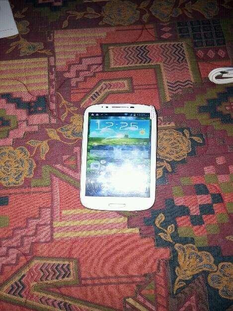 Vendo celular szenio n9389