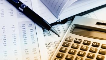 Profesional titulada en contabilidad y/o administracion